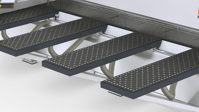 Air cushion tables (1800 mm) in front of the saw